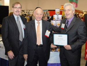 Foodman founders receive Kosherfest award